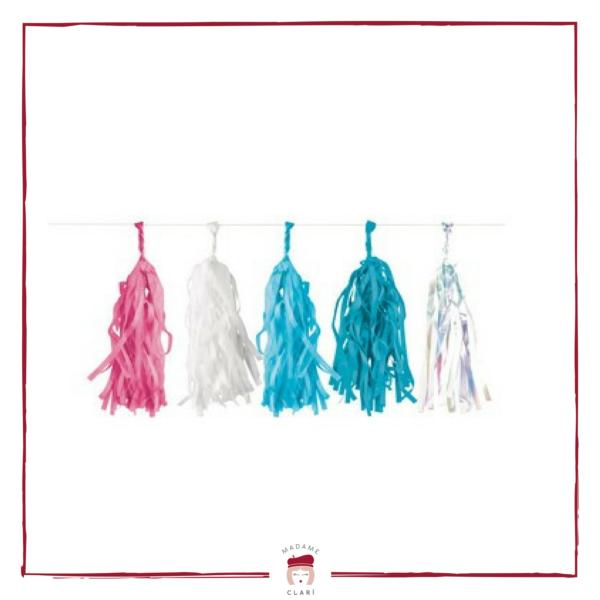 Ghirlanda con fili colorati