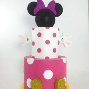 Torta Finta Minnie a 3 Piani Dimensioni: altezza 70 cm diametro 35 cm Costo 25,00 eur