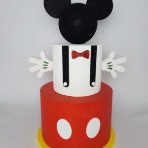 Torta Finta Topolino a 3piani Topolino Dimensioni: altezza 70 cm diametro 35 cm Costo 25,00 eur